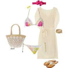 Perfect day at the beach outfit.