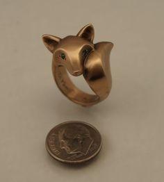 Diy inspiration: Bronze Fox Ring by Michael Tatom Unusual Jewelry, Modern Jewelry, Fox Ring, Fox Pictures, Fox Jewelry, Costume Rings, Diamond Eyes, Fox Pattern, Stylish Rings