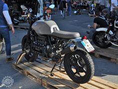 Pure-y-hecha a 4 Bmw K100 Scrambler, Bmw R65, Bmw Motorbikes, Cool Motorcycles, Fitness Workouts, Bmw K 100, Mercedes Wallpaper, Brat Cafe, Custom Bmw