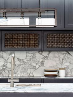 black kitchen van leuken interieur cuisine keuken kitchen pinterest