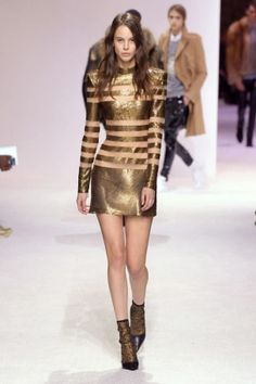 balmain menswear mens pfw pfwm paris runway @sssourabh Women's Runway Fashion, Mens Fall, Balmain, Sequin Skirt, Menswear, Sequins, Paris, Skirts, Sweaters