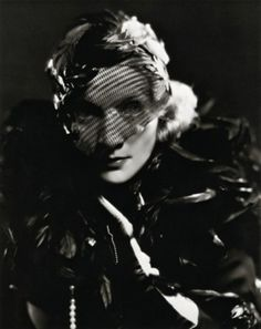"Marlene Dietrich dans ""Shanghai Expres"