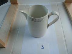 melkkan met opdruk 1,5 liter / sociëté ceramique hoogte 16,5 cm.