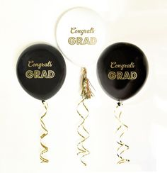 Gold Graduation Party Balloons