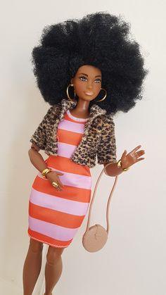 Black Bratz Doll, Black Barbie, Doll Clothes Barbie, Vintage Barbie Dolls, African American Dolls, Barbie Fashionista, Beautiful Barbie Dolls, Barbie Collector, Barbie World