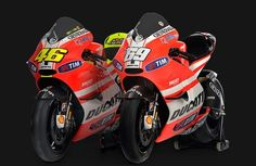 Valentino rossi and Nicky hayden bikes