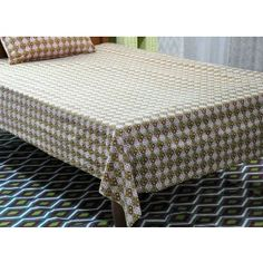 True Luxury Cotton single bed sheets with Matching Pillow Cover. Bed Sheets Online, Buy Bed, Reddish Brown, Bed Sheet Sets, Outdoor Furniture, Outdoor Decor, Pillow Covers, Ottoman, Pillows