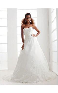 A-line/ Princess Sweetheart Court Train Organza Wedding Dress