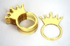 Porta Guardanapo Individual #principes #princesas Gold Rings, Decor, Napkin, Craft, Ideas, Fiestas, Cake, Log Projects, Princesses
