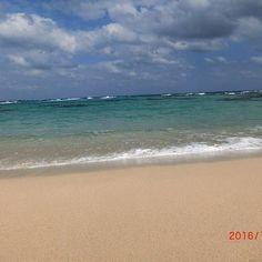 【ayumi0410maeda】さんのInstagramをピンしています。 《奄美の海その5 #鹿児島#奄美大島#奄美#海#sea#女2人旅#海は広い#綺麗#天気は晴れ#空は青い#奄美ブルー#青#blue#最終日は晴れた#波#波の音#今日もアクティブ#ドライブ日和#ドライブ#楽しい#場所によって違う顔》