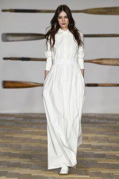 Daks Spring 2018 Ready-to-Wear Fashion Show - Alexandra Karpova
