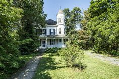 Fixer-Upper: A Fairy Tale Victorian in Baltimore, Maryland | CIRCA Old Houses | Old Houses For Sale and Historic Real Estate Listings
