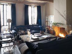 El encanto de una casa de pueblo en Saint-Tropez. Rehabilitada y decorada por Eduardo Arruga.  FOTOS: Jordi Sarrá http://www.muudmag.com/spa/pagina/451-Saint-Tropez