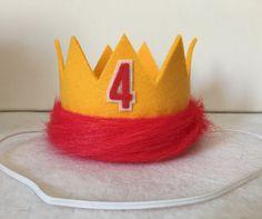 Kion Lion Guard Birthday Crown and Zuka Zama Cake Bunting Lion King Birthday… 4th Birthday Parties, 2nd Birthday, New Orleans King Cake, Fun Party Themes, Party Ideas, King Cake Baby, Lion King Party, Lion King Birthday, Ale