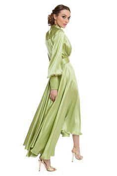 Satin dress with handmade embroidery Silk Satin Dress, Satin Dresses, Formal Dresses, Long Sleeve Silk Dress, Shirt Designs, Green Satin, Models, Party Fashion, Women's Fashion