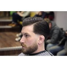 Find your next haircut or hairstyle this year by browsing some of most popular looks. Classic Mens Haircut, Classic Hairstyles, Latest Hairstyles, Hairstyles Haircuts, Haircuts For Men, Cool Hairstyles, Hair Trends 2015, Mens Hair Trends, Bald Fade