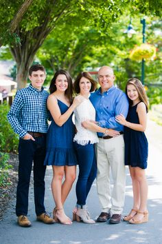 Artful photography of your family, shot on locations in and around Rochester, NY. Adult Family Photos, Spring Family Pictures, Family Photos What To Wear, Large Family Poses, Outdoor Family Photos, Family Picture Poses, Family Picture Outfits, Family Portrait Outfits, Fall Family Portraits