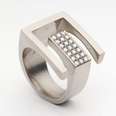 'Brilliant Schlossgarten' or Castle Garden silver or pale gold ladies ring with small stones, by Angela Hubel.