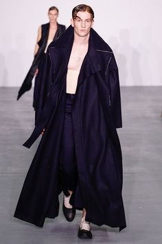 Central-Saint-Martins_fw16_fy24
