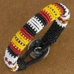 #5 Free Native American Seed Bead Patterns - http://www.guidetobeadwork.com/wp/2013/06/5-free-native-american-seed-bead-patterns/