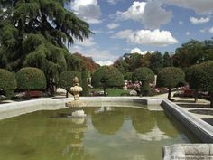Parque del Retiro en Madrid, Jardin del Parterre - Estanques