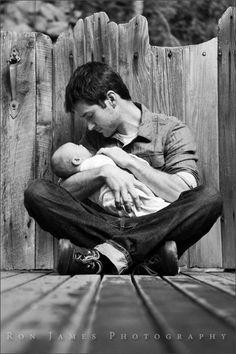 Newborn + Dad photography idea.