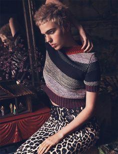 Julia-Cumming-2016-Cover-Photo-Shoot-Harpers-Bazaar-Kazakhstan-005