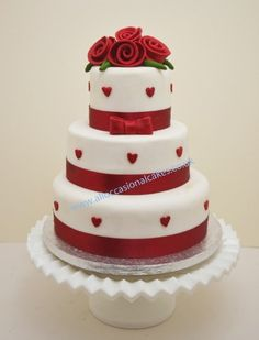 ruby roses with hearts wedding cake 3 tier from Ruby Wedding Cake, Cheap Wedding Cakes, Amazing Wedding Cakes, 40th Wedding Anniversary Cake, Ruby Anniversary, London Cake, Red Cake, Savoury Cake, Celebration Cakes