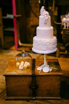... about Wedding Cakes on Pinterest  Wedding cakes, Basel and Hochzeit