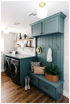 99 Fancy Laundry Room Layout Ideas For The Perfect Home - Dream house - Mudroom Laundry Room, Laundry Room Layouts, Laundry Room Remodel, Laundry Room Design, Laundry Decor, Laundry Room Colors, Laundry Room Bathroom, Bathroom Green, Modern Laundry Rooms