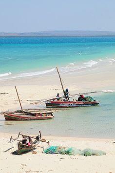 Fishing, Mozambique. Photo: luca.gargano, via Flickr