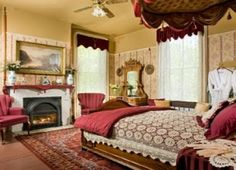 Samuel Clemens Room at Garth Woodside Mansion in Hannibal, MO Victorian Home Decor, Victorian Interiors, Victorian Homes, Ruby Room, Dream Master Bedroom, Bed And Breakfast, Breakfast Ideas, Furniture Design, Bedroom Decor
