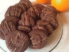 Sjokoladepletter! Cookie Recipes, Stuffed Mushrooms, Cookies, Vegetables, Ethnic Recipes, Desserts, Food, Tailgate Desserts, Biscuits