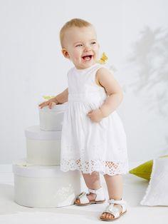 38da41162296 Vertbaudet Robe de cérémonie sans manches bébé fille sur shopstyle.fr  Filles Blanches, Bapteme