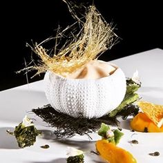 Tastets Surrealistes a Figueres http://ca.visitfigueres.cat/et-proposem/tastets-surrealistes/ amb #porcellana #pordamsa #figueres #costabrava #emporda #girona #catalunya #catalonia #theartofplating #chefstalk #cheflife #visionsgourmandes #gastronomy #gastronomia #chef #restaurant #cooking #cook #cucina #cuisine #cuinacatalana #foodie #foodgasm #foodart #instafood #yummy #michelinstar #michelinguide