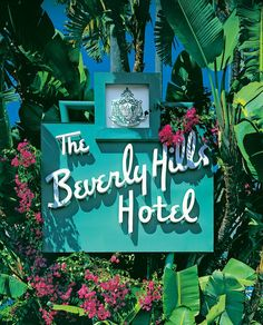 Beautiful picture of The Beverly Hills Hotel sign