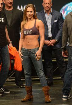 36 Ideas Fitness Model Female Booties Mma For 2019 Ronda Rousey Wwe, Ronda Jean Rousey, Ronda Rousy, Rowdy Ronda, Ufc Women, Martial Arts Women, Sport Fitness, Athletic Women, Female Athletes