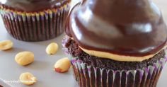 Peanut butter hi-hat cupcakes - Everyday Dishes & DIY
