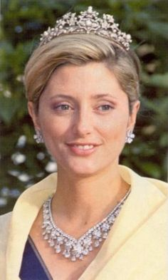 The royal jewels - Royalty of Greece- marie chantal necklace tiara.png