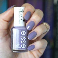 Essie Madame Wiesn | Essie Envy
