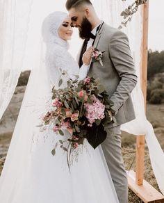 Pinterest: @adarkurdish Hijabi Wedding, Wedding Hijab Styles, Muslimah Wedding Dress, Muslim Wedding Dresses, Disney Wedding Dresses, Muslim Brides, White Wedding Dresses, Designer Wedding Dresses, Bridal Dresses