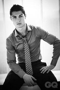 Cristiano Ronaldo so freakin hot ♡♥♥♥♡