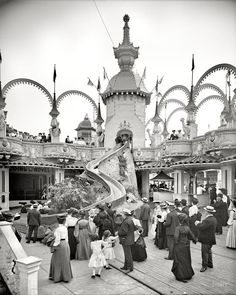 Shorpy Historic Picture Archive :: Helter-Skelter: 1905 high-resolution photo