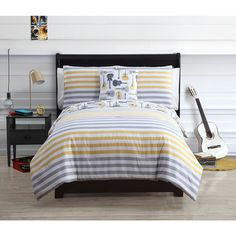 Kyle 4-piece Reversible Cotton Comforter Set - Overstock™ Shopping - The Best Prices on Victoria Classics Kids' Comforter Sets