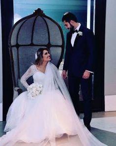 casamento casa petra Casa Petra, Wedding Dresses, Fashion, Mariana, Houses, Bride Dresses, Moda, Bridal Gowns, Fashion Styles