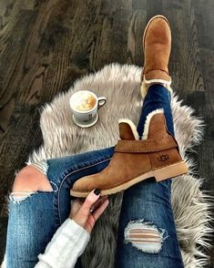 I am really liking these Ugg Ankle boots! Would you wear these??? Yes or No? #boots #uggs #furboots #ugg #fashion #uggshoes #shoes #ootd #instagood #fashionblogger #winterfashion #winter #style #instafashion #florida #fashionista #fashiongram #fashionable #ankleboots #winterboots #warmboots #beautiful #beauty #styles #love #cute #stylish