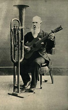11.47 am, Friday 13th, 1898: too ornery to join a band, Great Uncle Horace goes it alone.