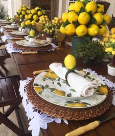 60 Spring & Easter decorating ideas for home coz' spring has sprung & we can't contain the excitement Check out best Spring and Easter decorating ideas. Spring decor ideas for home are all about bringing in exciting colors. Read for Spring/Easter decor. Summer Table Decorations, Decoration Table, Diy Easter Decorations, Wedding Decorations, Lemon Kitchen Decor, Lemon Party, Table Arrangements, Deco Table, Summer Diy
