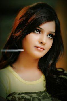 Samantha Samantha Images, Samantha Ruth, Photoshoot Pics, Mixed Girls, Beautiful Eyes, Beautiful Ladies, Most Beautiful Indian Actress, Braids For Long Hair, India Beauty