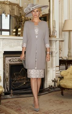 This short sleeved dress has beautiful contrasting lace panels. The one button three quarter length coat also has contrasting lace cuffs to bring the outfit together. Mother Of The Bride Bags, Mother Of Bride Outfits, Mother Of Groom Dresses, Bride Groom Dress, Groom Outfit, Mob Dresses, Fashion Dresses, Short Sleeve Dresses, Bride Dresses